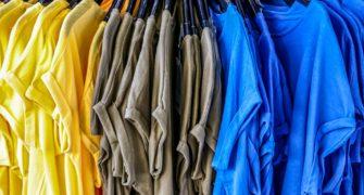 oblečení bez potisku
